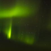 Nordlys og stjerner
