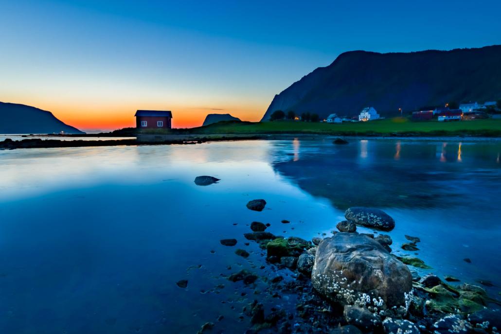 Kasfjord sunset-Copyright-Trygve-Selmer